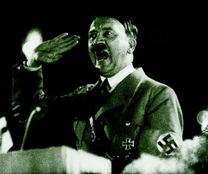 adolf_hitler_biography_2
